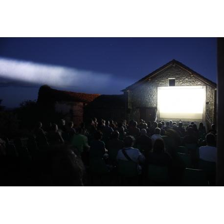 Alquiler e Instalación pantallas proyección Festival de Cine de Ascaso