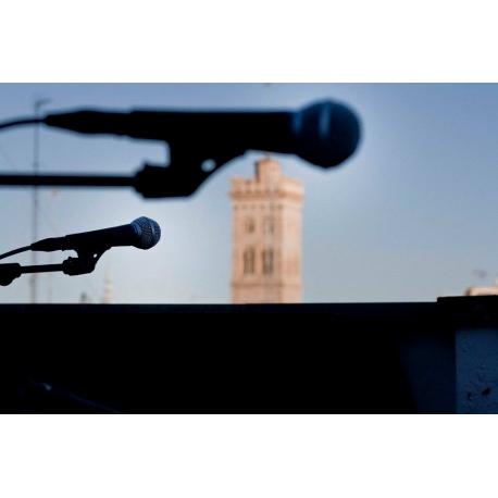 Alquiler micrófonos Zaragoza